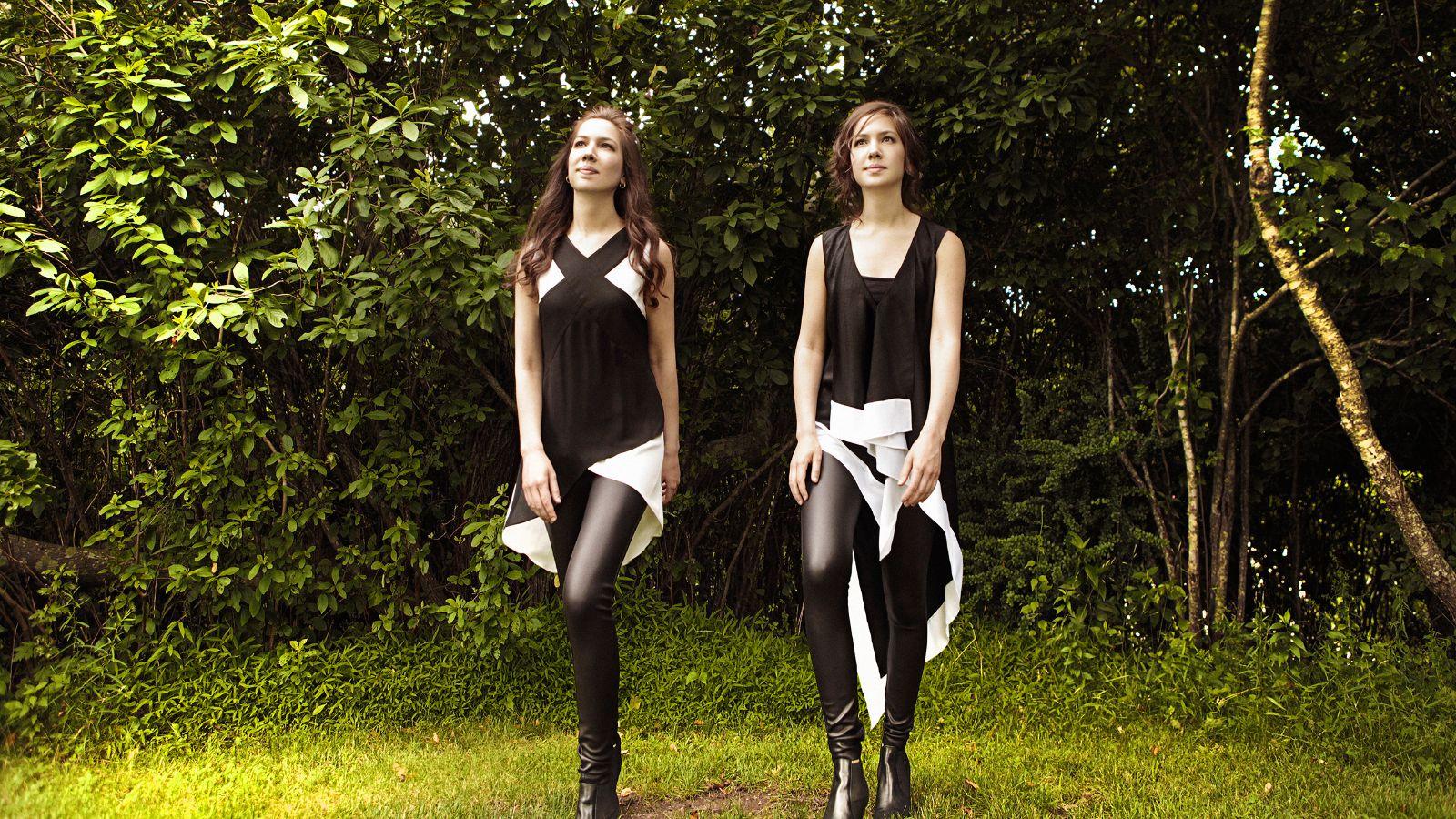 Naughton Sisters Grass Fma