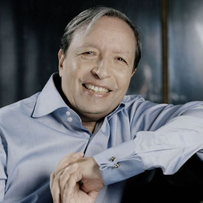 /news/features/the-humanist-murray-perahia