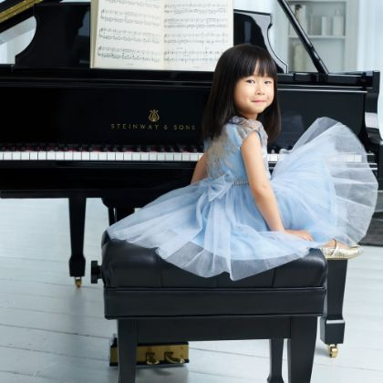 /vi/news/features/the-benefits-of-playing-piano