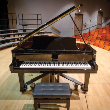 /news/boston-chronicle/fall-2018/steinway-boston-macomb-schools