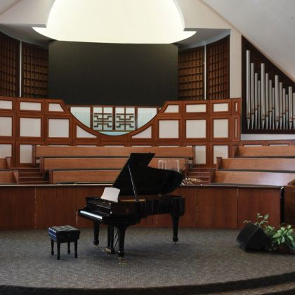 /news/steinway-chronicle/winter-2019/ebenezer-baptist-church-chooses-new-steinway-model-b