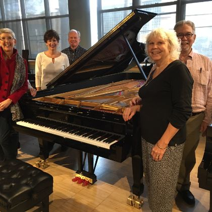 /news/steinway-chronicle/k-12/steinway-model-d-concert-grand-arrives-in-algona--minus-76-trombones