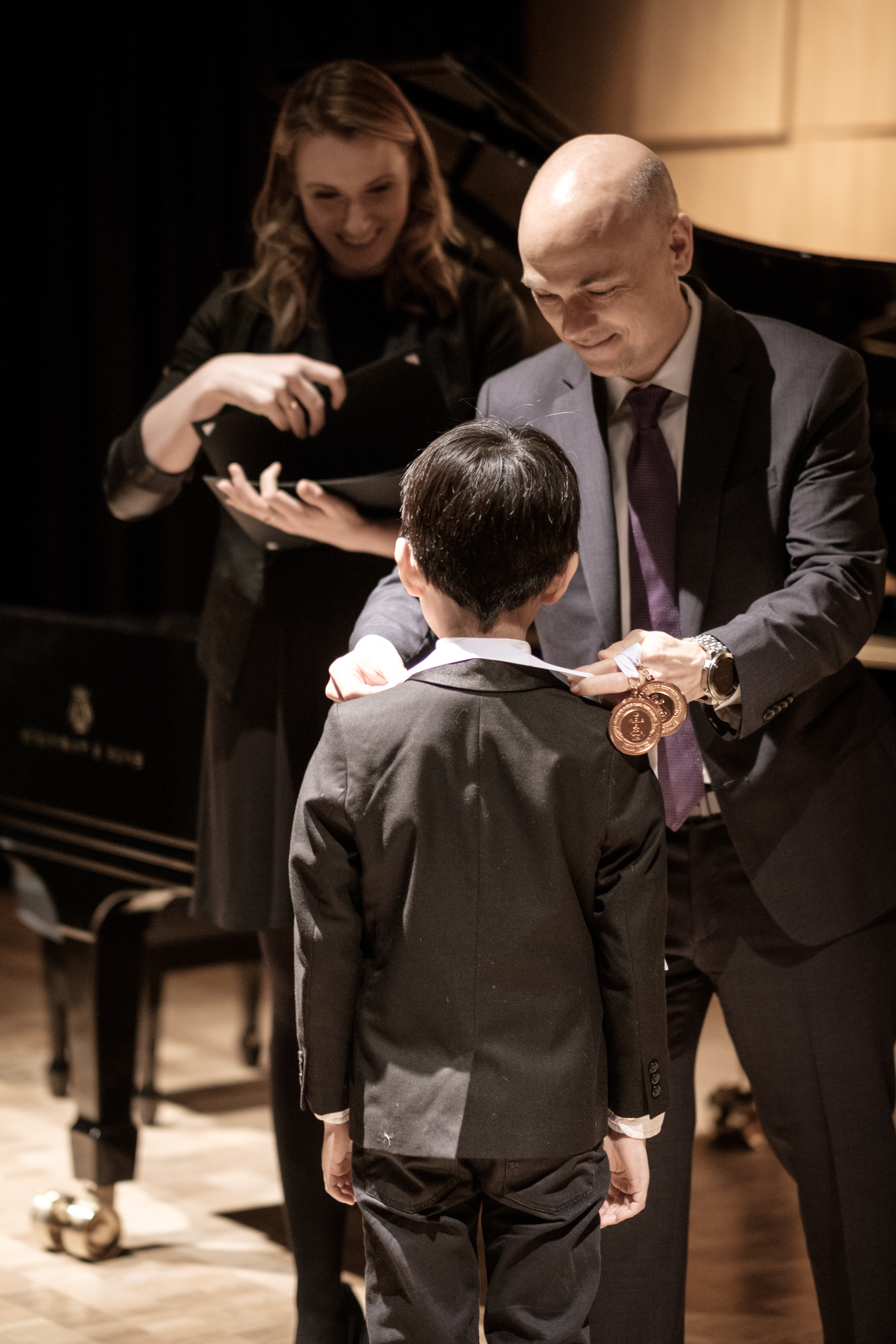 /news/articles/5-ways-piano-competitions-benefit-students