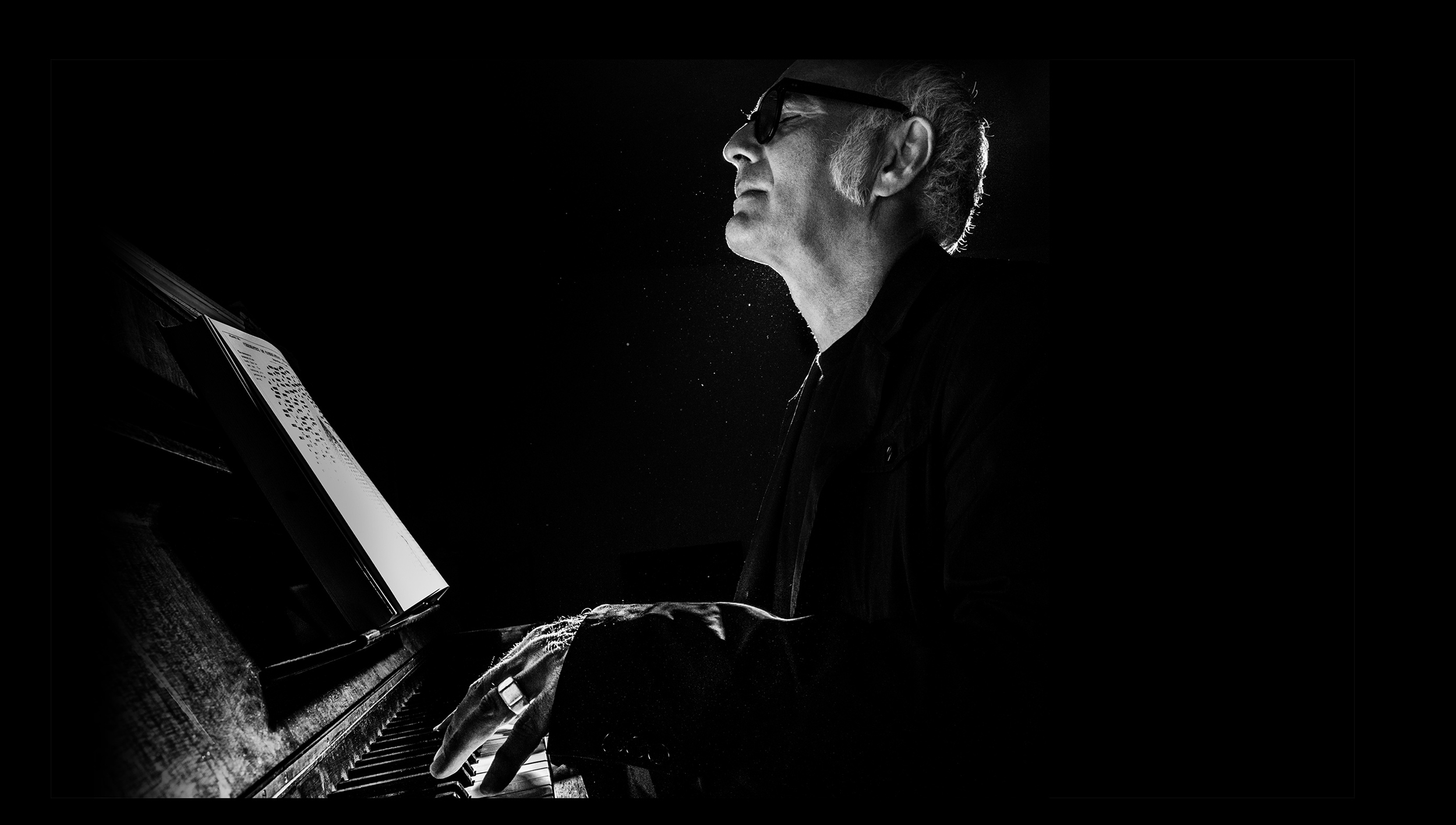 /zh_CN/news/features/a-new-vision-ludovico-einaudi