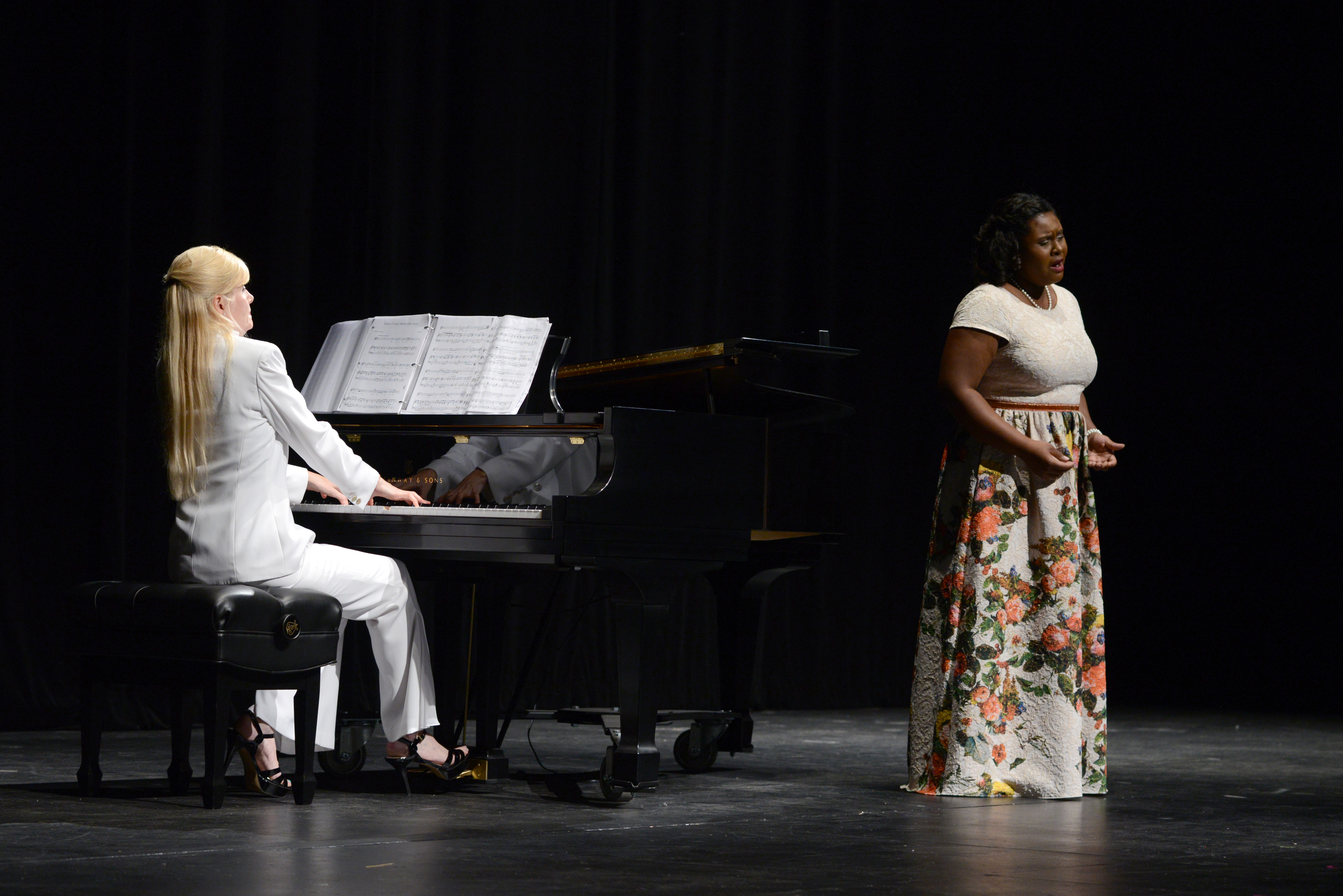Lindsey Reynolds gives her senior recital, accompanied by Anne Sumich.